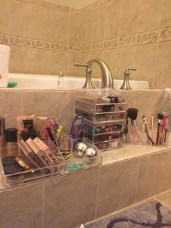 makeup organize